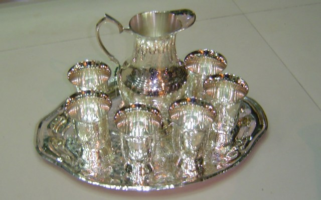 BCU 001 Silver plated jug set with 6 glass